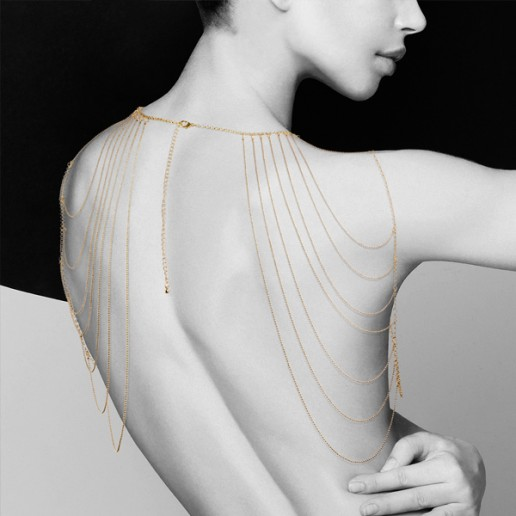magnifique-shoulders-metallic-chain-shoulders-back-jewelry-embrace-desires-erotic-accessories